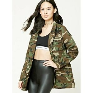FOREVER 21 Padded army green utility jacket